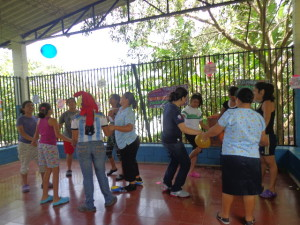 09-09-14 2 strong families group activity